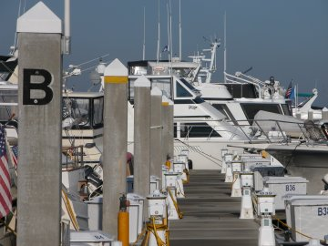 Dee Light - B-Dock - Centennial Harbour Marina - Fort Myers FL