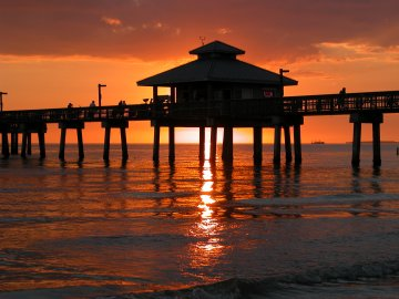 Sunset at the Pier - Fort Myers Beach FL
